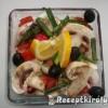 Avokádós saláta mozzarellával