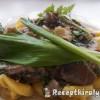 Tejszínes gombás medvehagymás kapribogyós sajtos tortellini