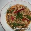 Tubetto Rigatto pizzasonkával tojással zöldségekkel