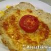 Mozzarellával és paradicsommal sütött csirkelángos