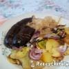 Véres hurka hagymás szalonnás krumplival