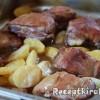 Fokhagymás hús vele sült burgonyával