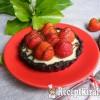 Sütés nélküli fehércsokoládés-epres mini pite