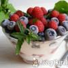 Gyümölcsös, túrókrémes pohárdesszert