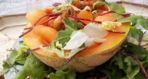 Vodkás sárgadinnye katalánszószos kagylóval bolero salátával