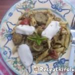 Zöldséges pestos tészta mozzarellával