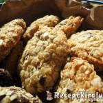 Ropogós omlós zabpelyhes keksz 1
