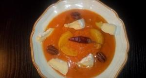 Narancsos sütőtökfőzelék pekándióval tökmagolajjal