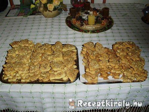 Karácsonyi sütemény - Preckedli