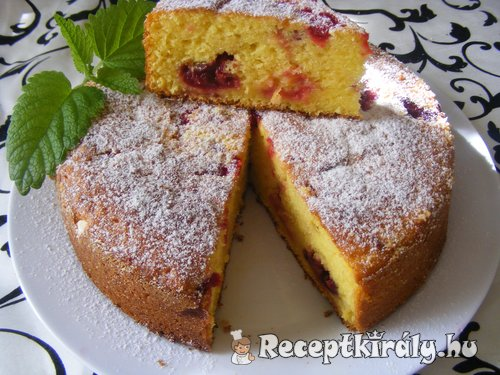 Joghurtos ribizlis torta