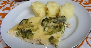 Tepsis brokkolis csirkemell