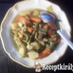 Zöldbabos-zöldséges egytál szalonnával, marhahússal 2