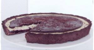 Fekete-ribizlis ricottatorta csokimázzal