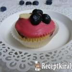 Áfonyás-fehércsokis cupcake 2
