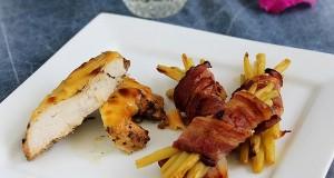 Csirkemell baconbe tekert zöldbabbal