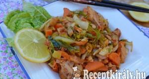 Köményes serpenyős csirke kínai kellel – paleo