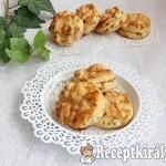 Káposztás-sajtos pogácsa 1