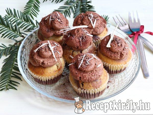Márványos muffin csokoládékrémmel
